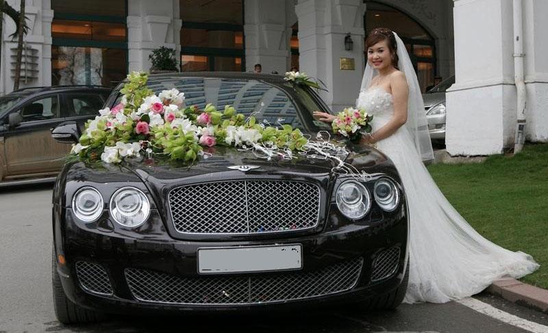 Thuê siêu xe Bentley